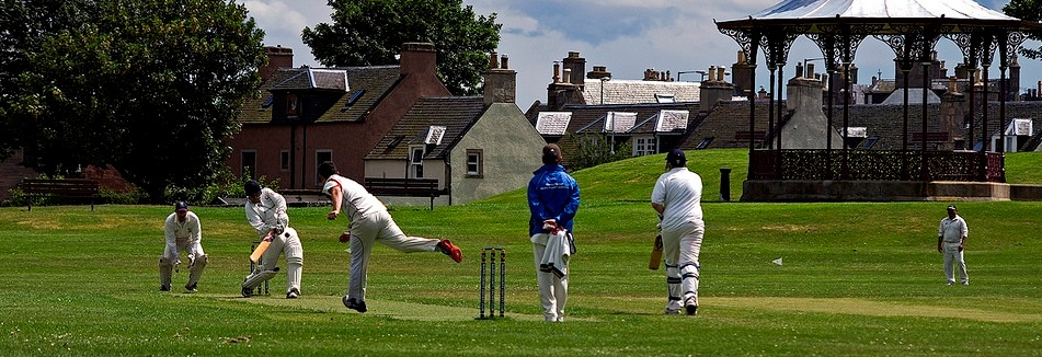 Huntly-Cricket-Club-Castle-Park
